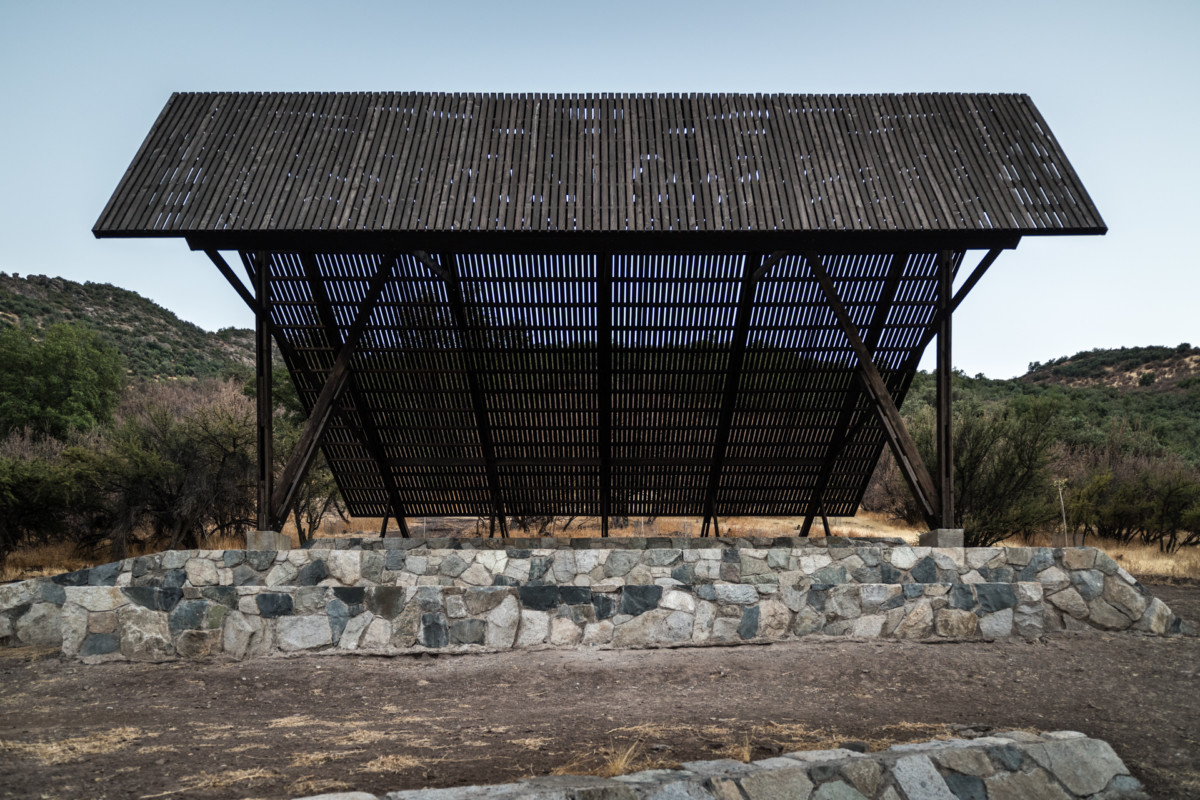 ELTON LENIZ Shadow Pavilion © Gonzalo Puga-4575